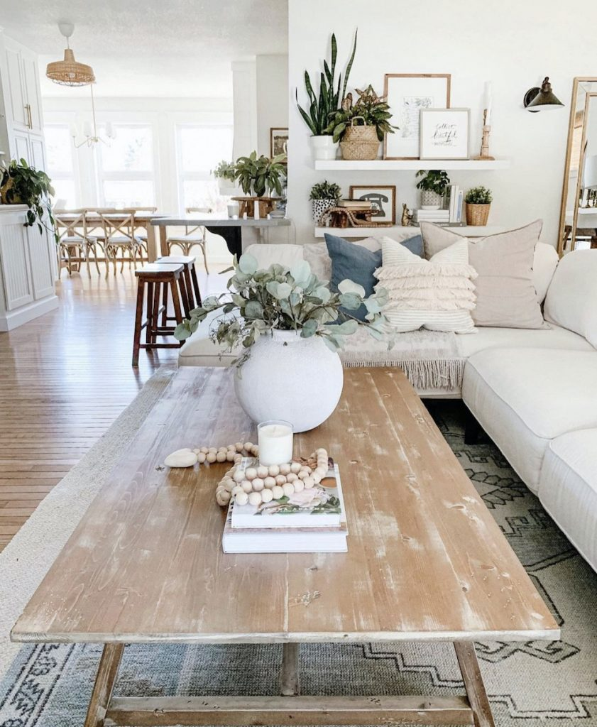this is a photo of a coffee table in a living room